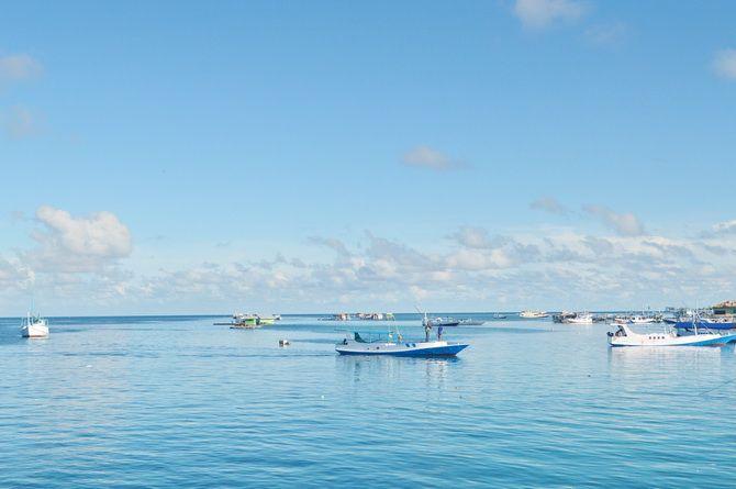 KERAMBA IKAN: Keramba ikan milik warga terlihat di perairan laut Pulau sapeken beberapa waktu lalu.