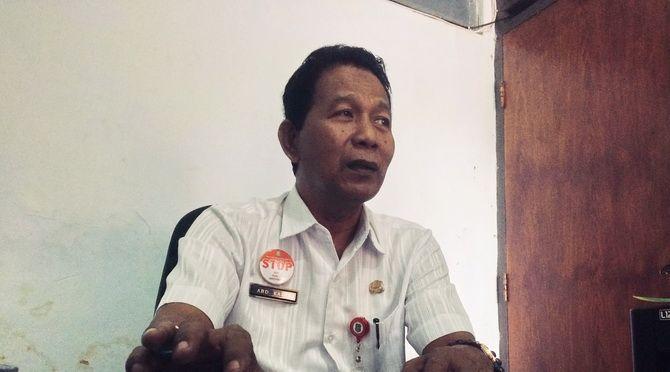 Abd. Kadir  Kabid Pengendalian dan Penyuluhan DPMPTSP Sumenep.