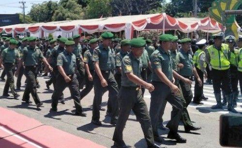 SIGAP: Anggota kodim dan Polres Sumenep saat menghadiri acara kedinasan.