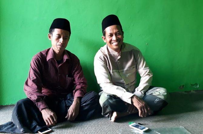 KOMPAK: Ketua Umum Ikatan Alumni dan Simpatisan Nurus Salam (Insan) Abdullah (kanan) bersama Sekretaris Umum Rusman.
