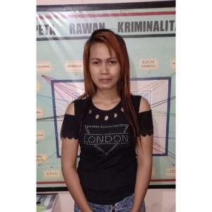 SEDIH: Lina Rahayu difoto polisi sebelum disel.