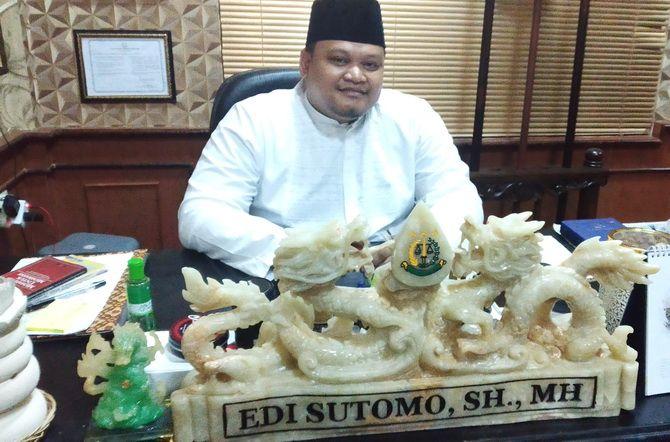 Edi Sutomo  Kasipidsus Kejari Sampang.