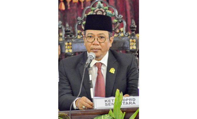 Abd. Hamid Ali Munir  Ketua DPRD Sumenep.