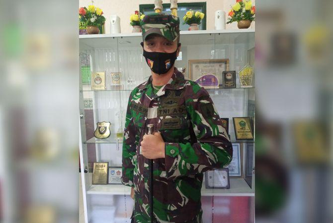 TEGAS: Komandan Kodim 0829/Bangkalan Letkol Kavaleri Ari Setyawan Wibowo saat ditemui di ruangan kerjanya, Jumat (24/7).