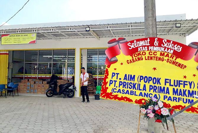 SIAP MELAYANI: CC Mart Kecamatan Lenteng, Kabupaten Sumenep, siap melayani pembeli.