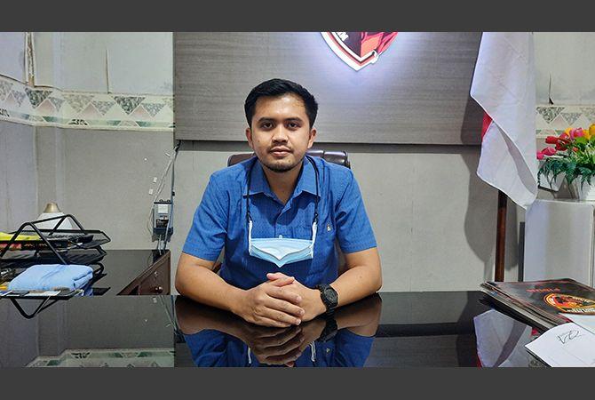 TERMUDA: Kasatreskrim Polres Pamekasan AKP Tomy Prambana saat ditemui di ruangannya, Selasa (27/7).