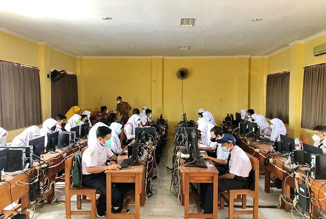 89 SMP Belum Bisa Mandiri