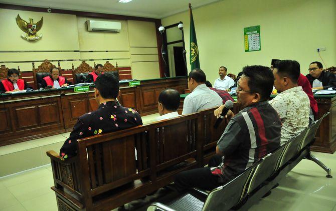 Salah satu saat memberikan kesaksian pada sidang kasus suap izin menara telekomunikasi di Pengadilan Tipikor Jatim.
