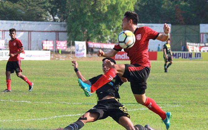 Skuad PS Mojokerto Putra saat mengarungi Liga 2 musim lalu di Stadion Gajah Mada Mojosari, Kabupaten Mojokerto.