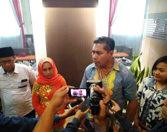 Kasatreskrim Polresta Mojokerto AKP Ade Warokka saat memberikan keterangan ke awak media, Jumat (6/9)