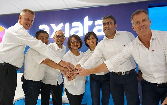 Formasi dewan komisaris dan direksi XL Axiata yang baru.