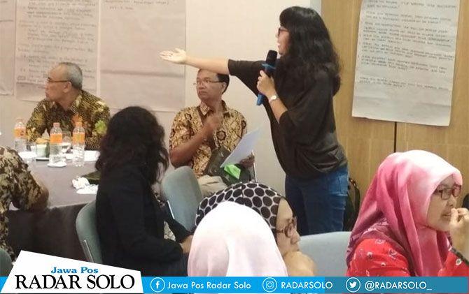 Diskusi Desa Damai di Kota Solo.