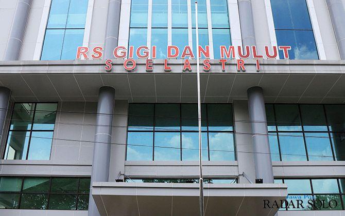 LENGKAP: Rumah Sakit Gigi dan Mulut Soelastri yang berlokasi di Jalan Slamet Riyadi Solo.