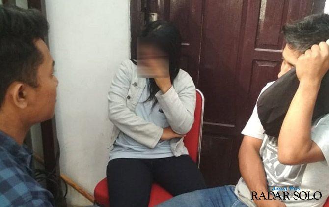 Lagi Asyik Mesum di Kos-kosan, 10 Pasangan Muda-Mudi Kena Razia