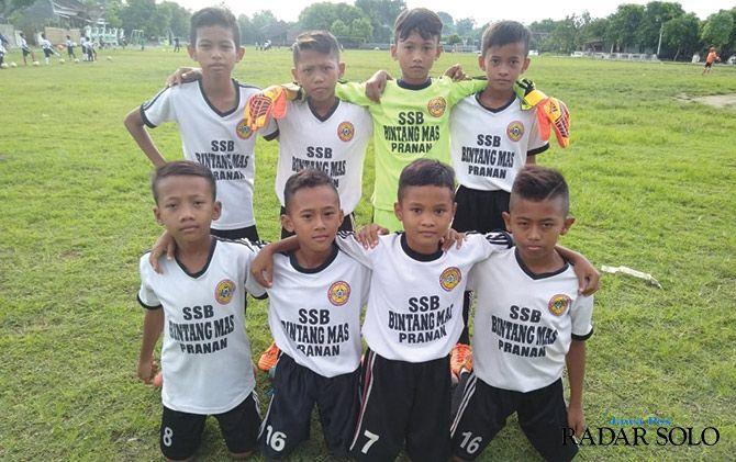 POTENSIAL: Skuad SSB Bintang Mas asal Sukoharjo yang tengah berjuang di ajang Danone Nations Cup 2019.