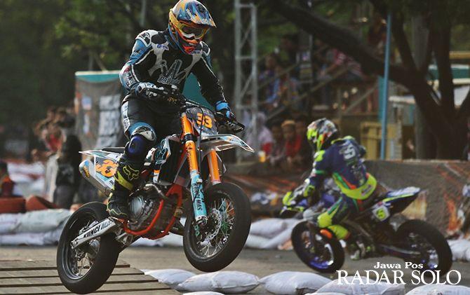 Ivan Harry Nugraha saat tampil di kejuaraan Trial Aspalt 2018 seri Solo