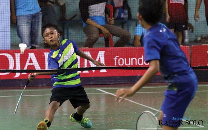 POTENSIAL: Salah satu pertandingan Djarum Foundation-Kajurkot PBSI Kota Surakarta yang digelar di GOR Sinar Kasih.
