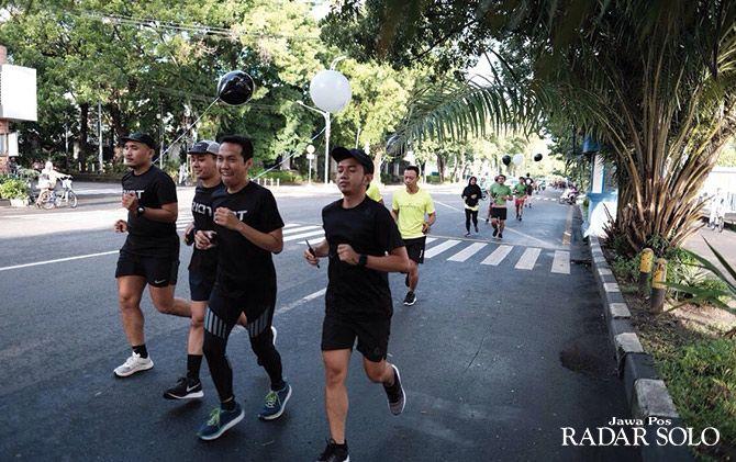 Anggota Komunitas Riot, Saling Support Sampai Garis Finish