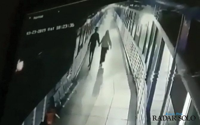 Video Ciuman di Sky Bridge Tirtonadi Jadi Viral