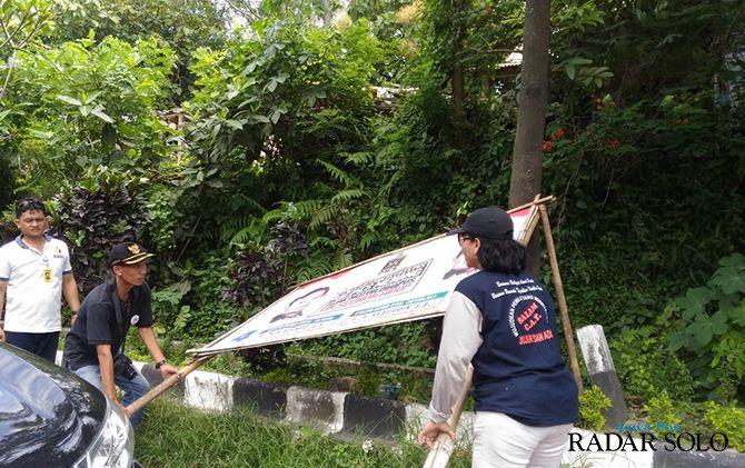 APK di Baliho Berbayar Belum Dicopot, Bawaslu Boyolali Kesulitan