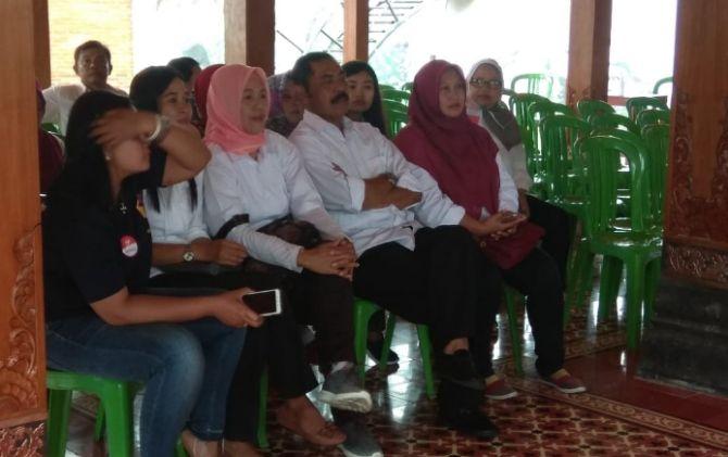 Wali Kota Solo Datang ke TPS Paling Awal