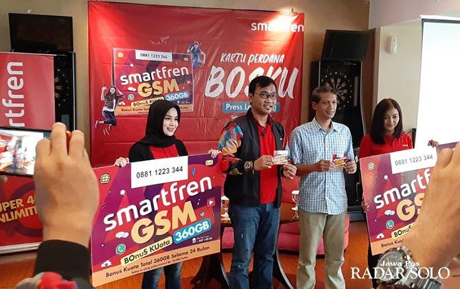 PAKET SUPER BESAR: Launching kartu perdana Smartfren BosKu di Jogjakarta, Jumat (26/4).