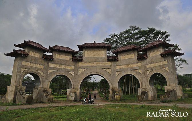 JADI CONTOH: Kebun Raya Indrokilo Boyolali menjadi salah satu contoh konservasi hutan.