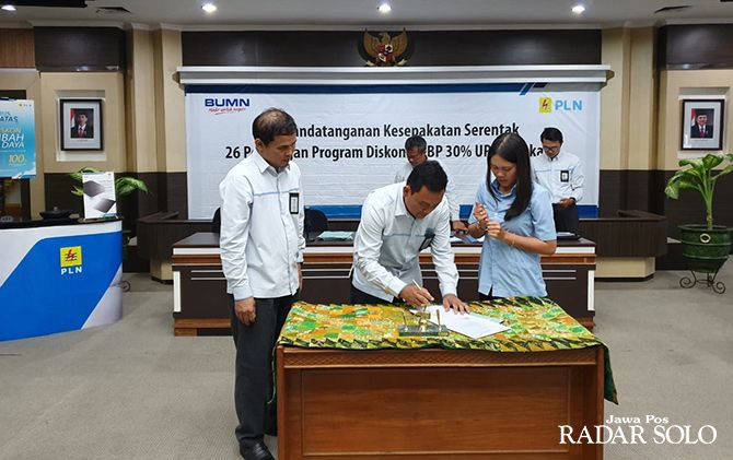 53 Pelanggan tanda tangani Program Discount 30% LWBP PLN UP3 Solo
