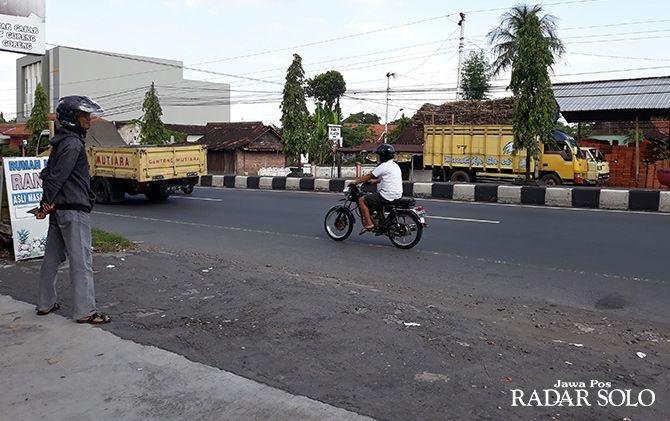 Lokasi: Jalan Solo-Jogja, Desa Jonggrangan, Kecamatan Klaten Utara