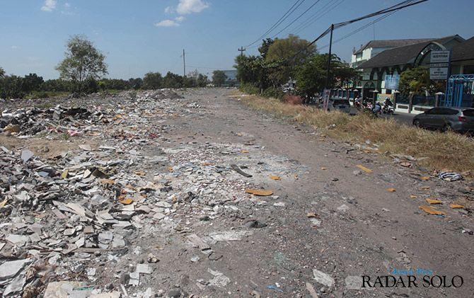 STRATEGIS: Lahan di kawasan Pedaringan yang akan dibangun SPBU milik pemkot.