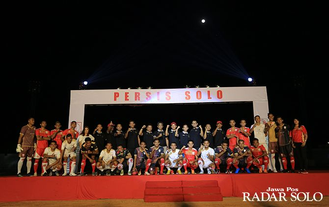 OPTIMISTIS: Skuad Persis Solo siap terjun di Liga 2 2019, tim ini kemarin dilaunching di Stadion Wilis Madiun.