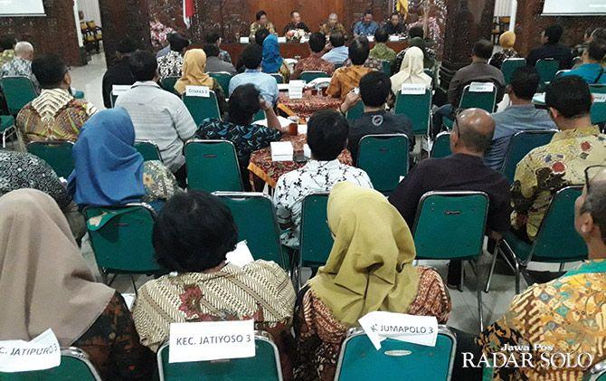 SATUKAN VISI: Rapat koordinasi rencana pembangunan.