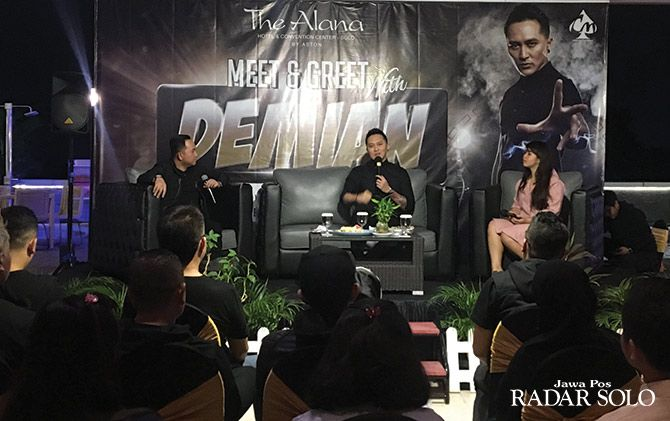INTERAKTIF: Demian saat meet and greet di The Alana.