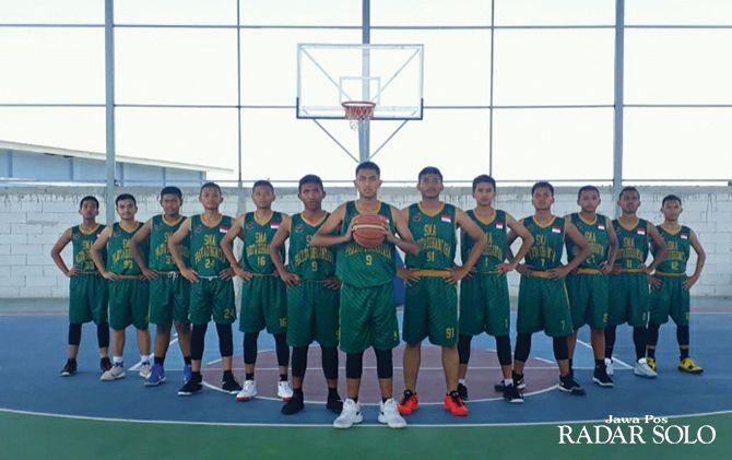 OPTIMISTIS: Skuad SMA Pradita Dirgantara Boyolali yang akan terjun di Honda DBL 2019 Central Java Series-South Series.