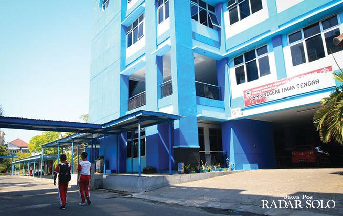 MEGAH: Gedung SMKN Jateng dibangun dengan fasilitas yang baik untuk menunjang siswa belajar.