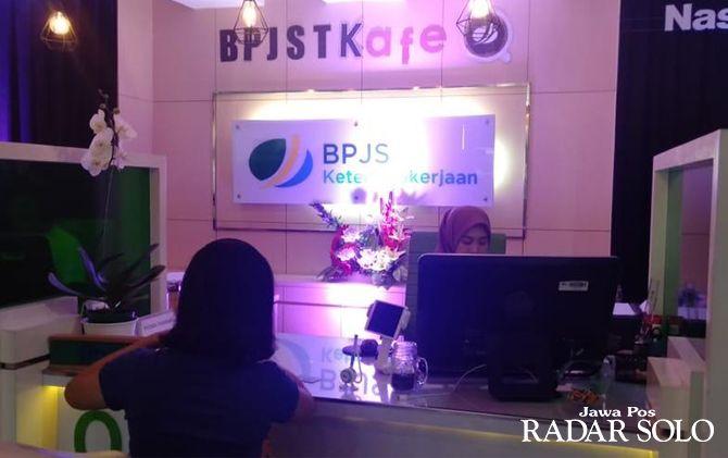 Kantor layanan BPJS Ketenagakerjaan dikonsep ala coffe shop