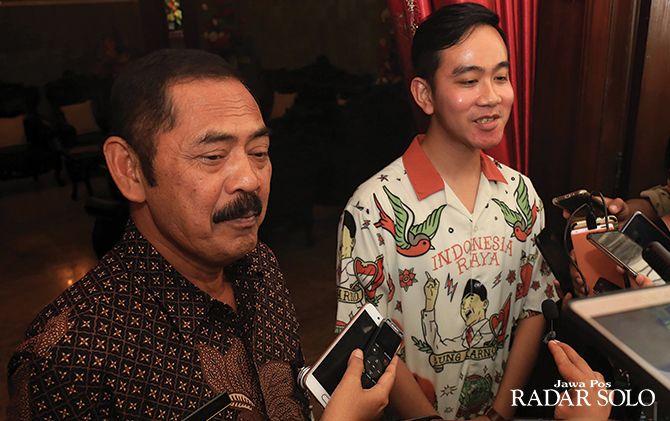 Gibran Rakabuming Raka menemui Wali Kota Surakarta F.X. Hadi Rudyatmo di rumah dinas, Rabu (18/9).