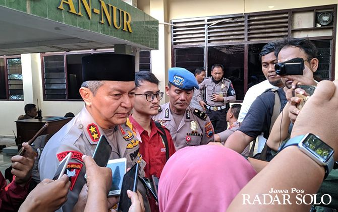 TEGAS: Kapolda Jateng Irjen Pol Rycko Amelza Dahniel beri keterangan pers.