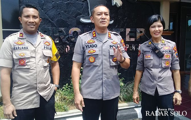 Kapolres Sukoharjo AKBP Bambang Yugo Pamungkas (tengah) mengimbau masyarakat agar lebih peka terhadap lingkungan sekitar