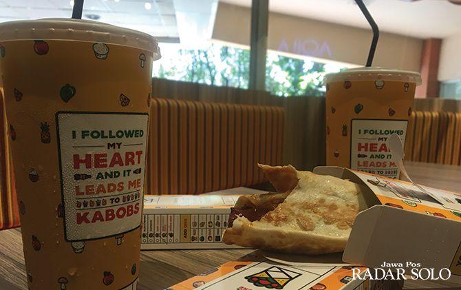 PILIHAN TERBAIK: Aneka menu kebab di tenant Kabobs kini hadir di Solo Grand Mall.