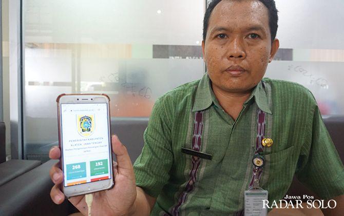ERA DIGITALISASI: Pantauan pembayaran pajak BPHTB lewat aplikasi.