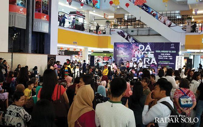 TERIMBAS KLB KORONA: Event dance competition di Solo Grand Mall, beberapa waktu lalu.