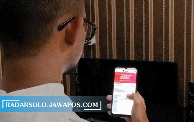 Layanan Seluler 3 Indonesia berikan cashback beruntun bagi pengguna baru.