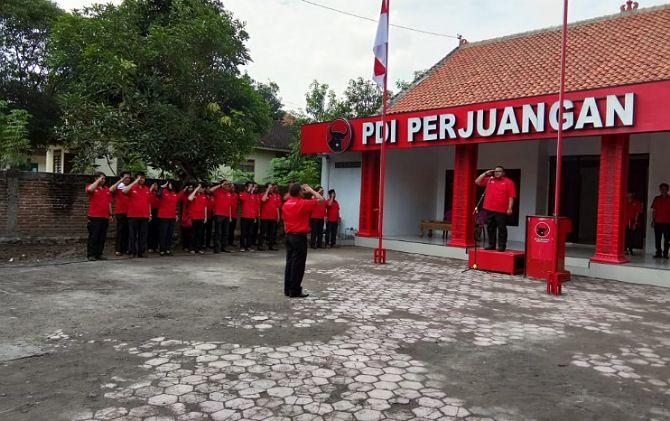 Kader PDIP Sragen Diminta Tak Terprovokasi Pembakaran Bendera