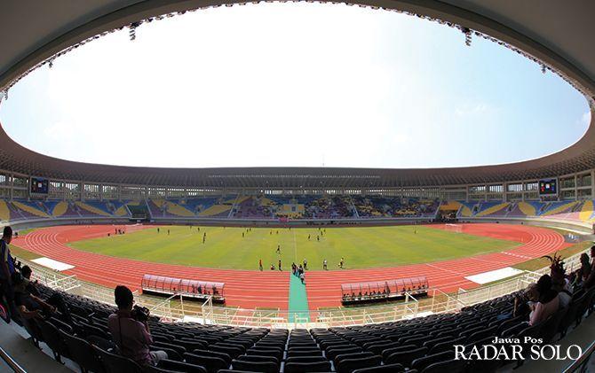 Persis Solo menilai Stadion Manahan layak dijajal untuk kompetisi liga 1 maupun liga 2, sebelum digunakan untuk venue Piala Dunia U-20 2021.