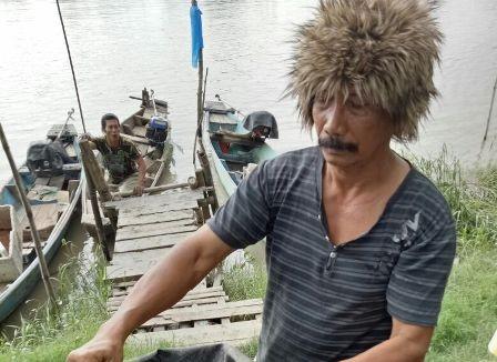 MENGENASKAN: Mayat bayi laki-laki yang ditemukan terapung di sungai di sekitar dekat Pulau Dem.