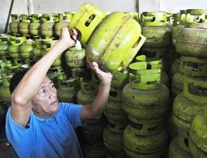 Pasokan tabung LPG ditambah oleh Pertamina selama musim ramadan tahun ini.