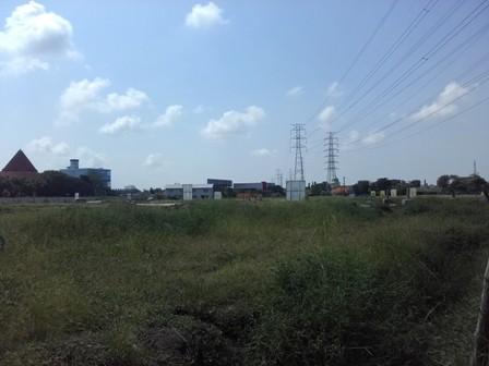 Lahan untuk pembangunan apartemen milik Sipoa di Kedungrejo, Waru.