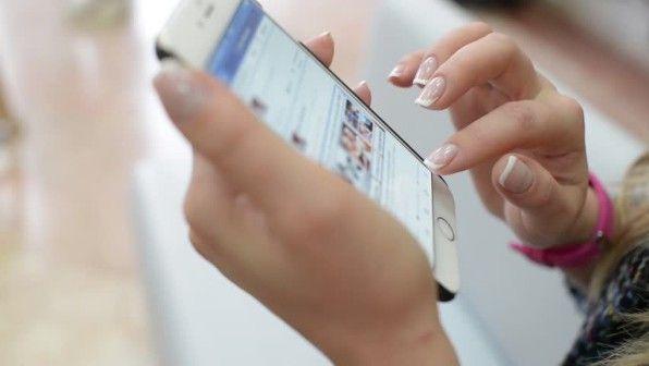 MANAJEMEN PONSEL: Atur 'pertemuan' Anda dengan si ponsel. Jangan sampai waktu Anda habis untuk mengulik ponsel.