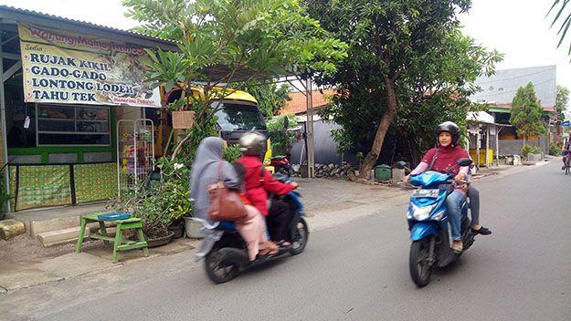 RAWAN: Lokasi pencurian satu unit dump truk di Desa Sruni, Kecamatan Gedangan.
